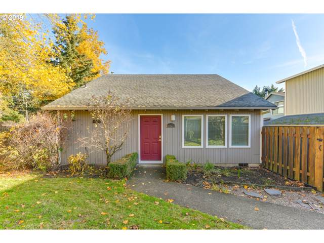 16635 SE Naegeli Dr, Portland, OR 97236 (MLS #19233985) :: Next Home Realty Connection