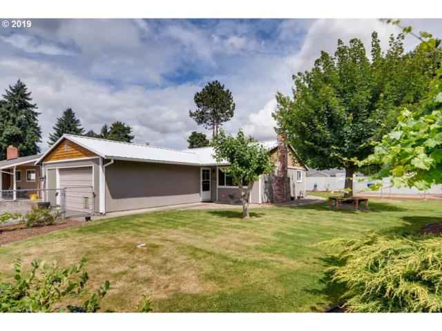 1735 NE 17TH Ave, Hillsboro, OR 97124 (MLS #19234127) :: Townsend Jarvis Group Real Estate