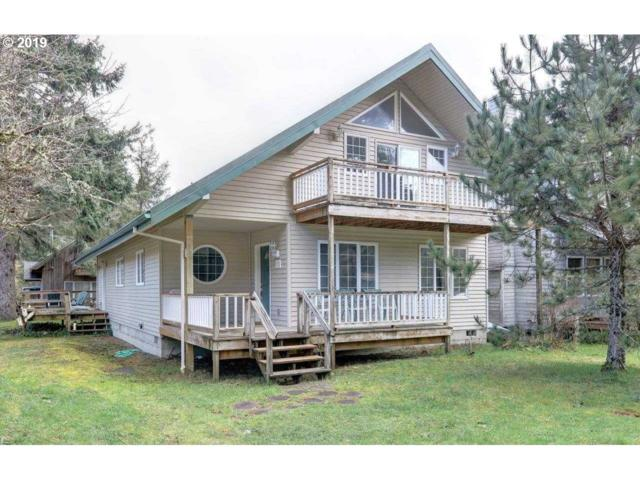 515 N Larch St, Cannon Beach, OR 97110 (MLS #19236189) :: McKillion Real Estate Group