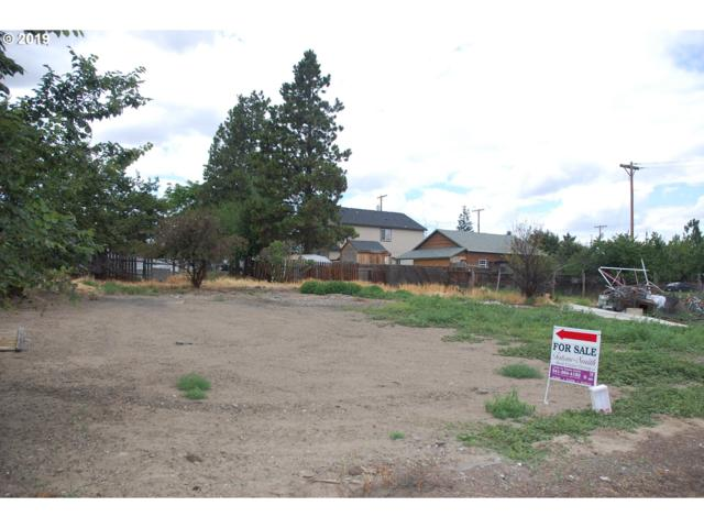 221 N Potter St, Condon, OR 97823 (MLS #19236386) :: Townsend Jarvis Group Real Estate