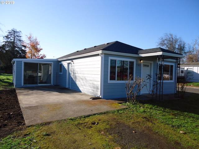 765 W Fairview Dr, Springfield, OR 97477 (MLS #19238995) :: Team Zebrowski