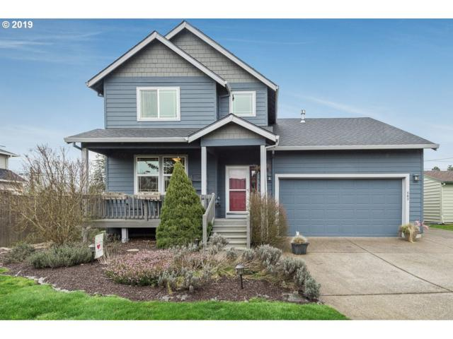 609 E Columbia Dr, Newberg, OR 97132 (MLS #19239711) :: McKillion Real Estate Group