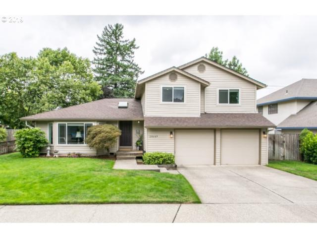 20649 SW 104TH Ave, Tualatin, OR 97062 (MLS #19240290) :: Fox Real Estate Group