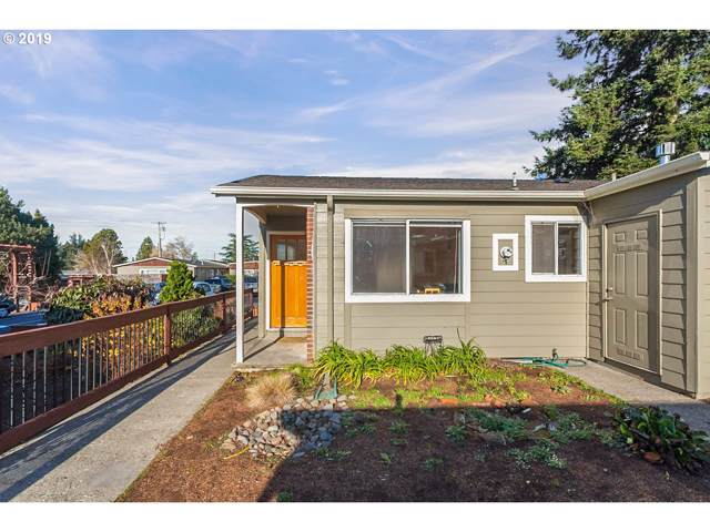 110 SE 73RD Ave, Portland, OR 97215 (MLS #19240401) :: Townsend Jarvis Group Real Estate