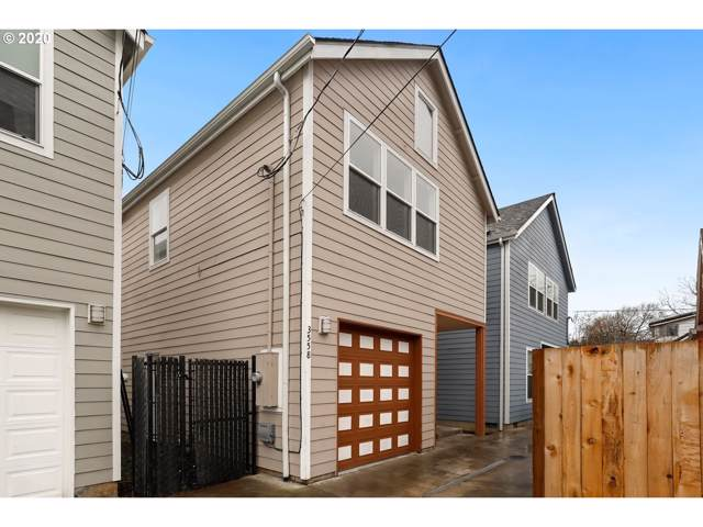 3558 SE 130TH Ave, Portland, OR 97236 (MLS #19242705) :: Next Home Realty Connection
