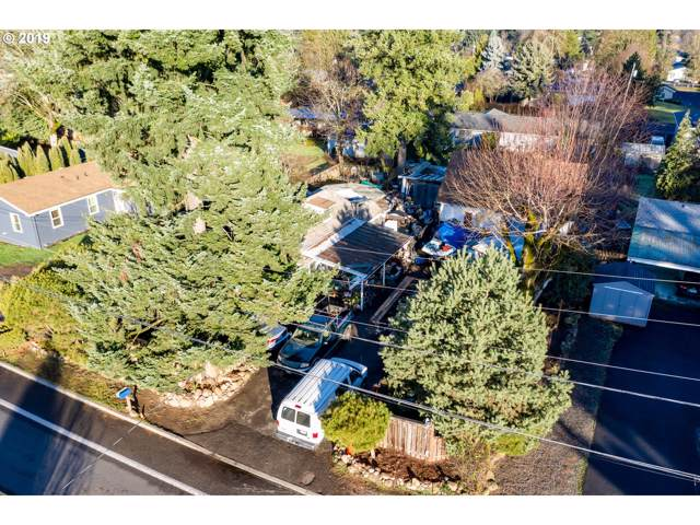 8615 SE Roots Rd, Clackamas, OR 97015 (MLS #19244218) :: The Lynne Gately Team