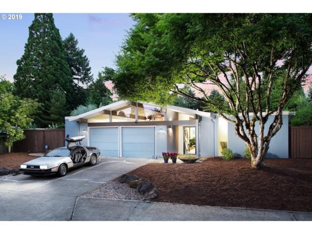 8540 SW Cecilia Ter, Portland, OR 97223 (MLS #19244768) :: Matin Real Estate Group