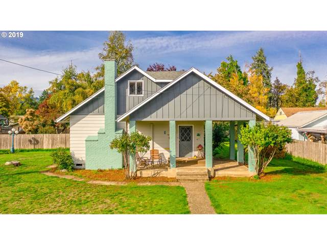 819 S 1ST St, Cottage Grove, OR 97424 (MLS #19245954) :: The Lynne Gately Team