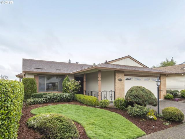9720 SW Lakeside Dr, Tigard, OR 97224 (MLS #19246189) :: McKillion Real Estate Group