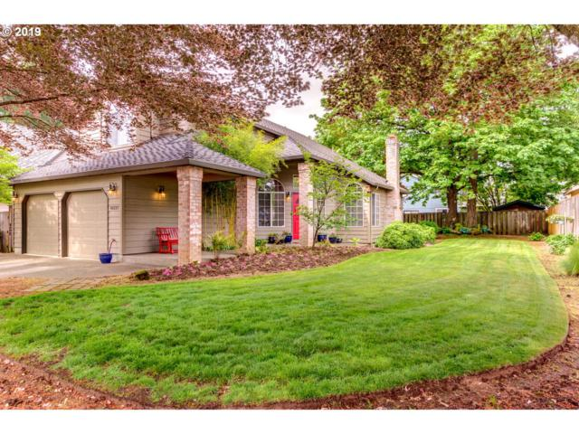 16227 SE Lillian Ct, Milwaukie, OR 97267 (MLS #19248024) :: Next Home Realty Connection