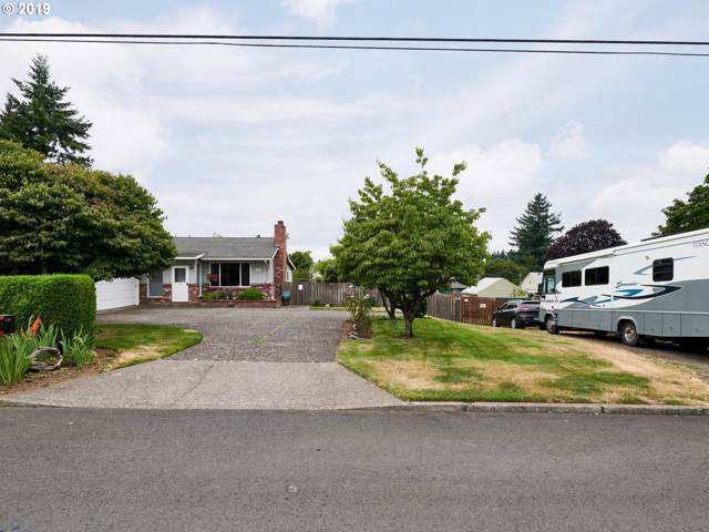 2341 SE 154TH Ave, Portland, OR 97233 (MLS #19248663) :: Fox Real Estate Group