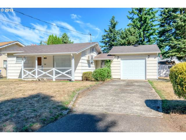 11737 SE Salmon St, Portland, OR 97216 (MLS #19248681) :: McKillion Real Estate Group