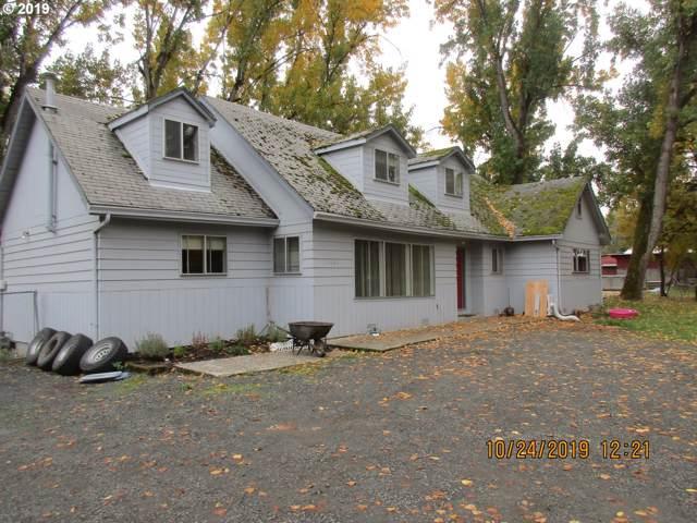 5083 NE Stephens St, Winchester, OR 97495 (MLS #19252373) :: McKillion Real Estate Group