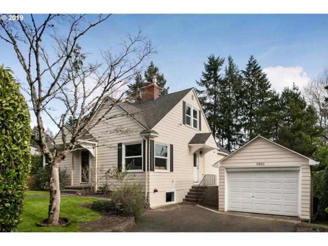 5860 SW 18TH Dr, Portland, OR 97239 (MLS #19252469) :: Homehelper Consultants