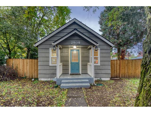 2909 X St, Vancouver, WA 98661 (MLS #19253492) :: Change Realty