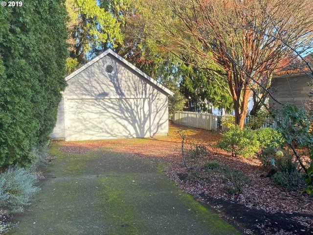 7403 SE Madison St, Portland, OR 97215 (MLS #19256195) :: Homehelper Consultants