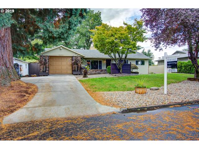 1805 SE 113TH Ave, Portland, OR 97216 (MLS #19260167) :: McKillion Real Estate Group