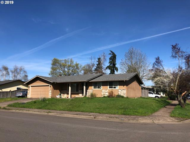 301 69TH Pl, Springfield, OR 97478 (MLS #19261080) :: The Galand Haas Real Estate Team