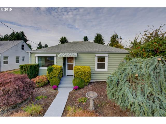 11121 NE Glisan St, Portland, OR 97220 (MLS #19262635) :: Fox Real Estate Group