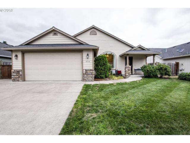 654 62ND St, Springfield, OR 97478 (MLS #19263827) :: The Liu Group
