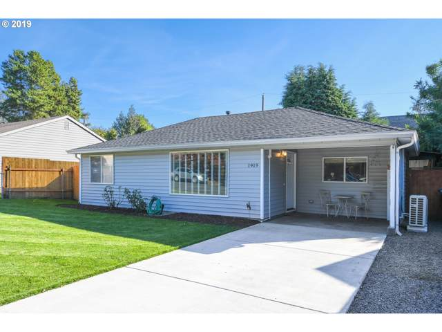 1919 W 27TH St, Vancouver, WA 98660 (MLS #19263845) :: Gustavo Group