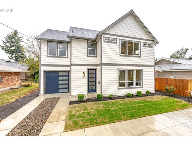 2719 N Hunt St, Portland, OR 97217 (MLS #19264834) :: Fox Real Estate Group
