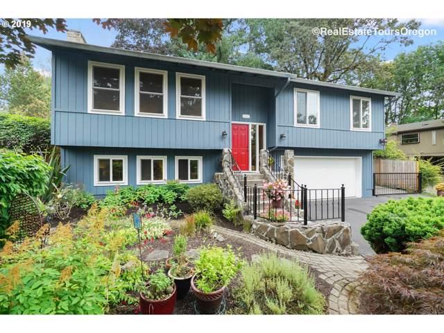 16626 SE Round Oaks Ct, Milwaukie, OR 97267 (MLS #19265363) :: Fox Real Estate Group