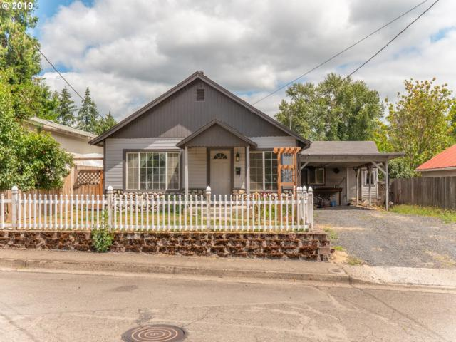 1557 9TH Ave, Sweet Home, OR 97386 (MLS #19266562) :: The Liu Group