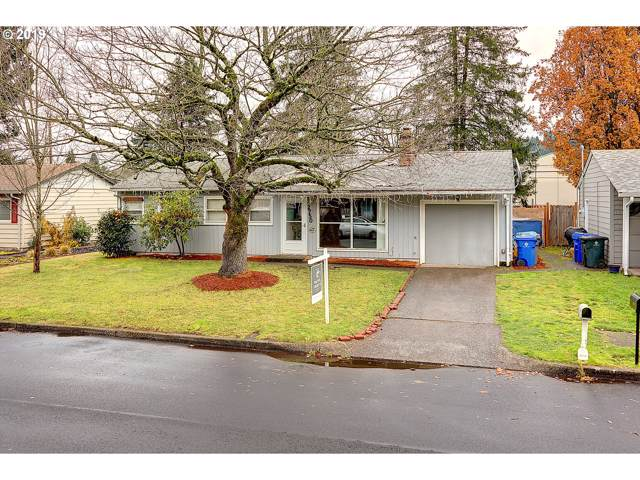 2750 SE 176TH Pl, Portland, OR 97236 (MLS #19267465) :: McKillion Real Estate Group