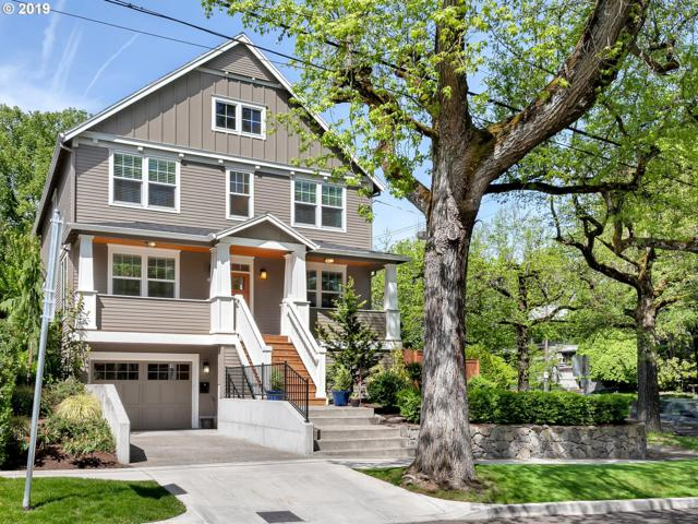 3835 NE Couch St, Portland, OR 97232 (MLS #19269245) :: Cano Real Estate
