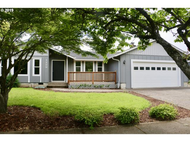 1129 R St, Springfield, OR 97477 (MLS #19269539) :: Song Real Estate