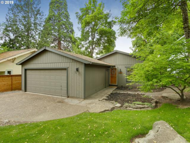 7315 SW 53RD Ave, Portland, OR 97219 (MLS #19274326) :: Townsend Jarvis Group Real Estate