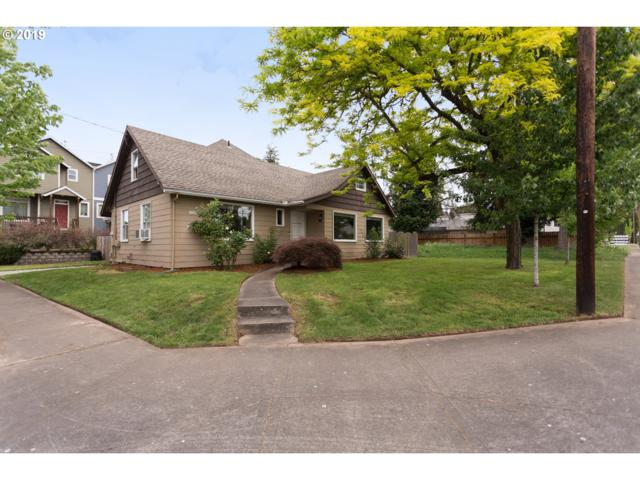 17385 SW Blanton St, Beaverton, OR 97078 (MLS #19274529) :: The Sadle Home Selling Team