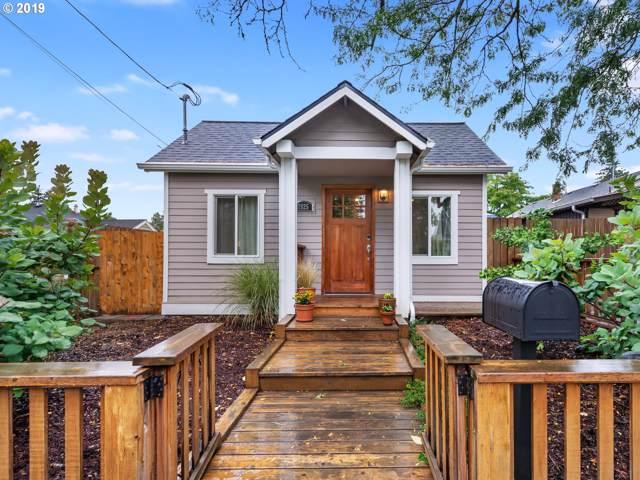 7925 NE Klickitat St, Portland, OR 97213 (MLS #19275192) :: Townsend Jarvis Group Real Estate