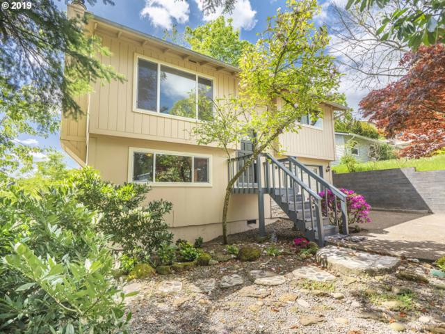 1870 Hemlock St, West Linn, OR 97068 (MLS #19278829) :: Homehelper Consultants