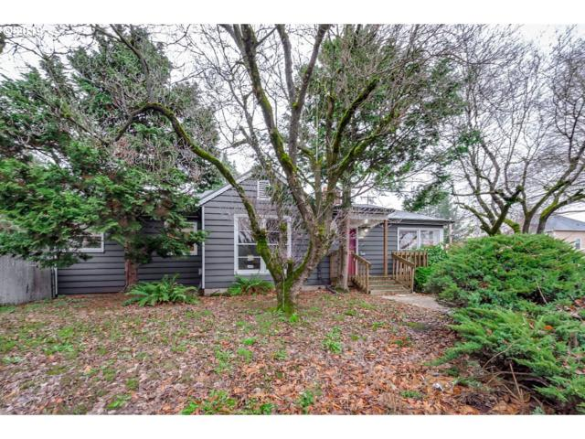 5924 SE Cesar E Chavez Blvd, Portland, OR 97202 (MLS #19280154) :: Hatch Homes Group