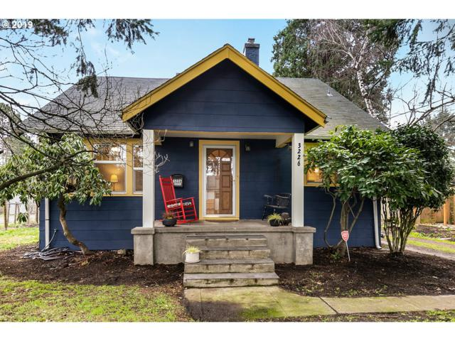 3226 SE 85TH Ave, Portland, OR 97266 (MLS #19283850) :: McKillion Real Estate Group