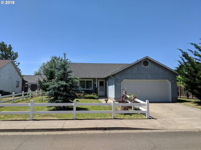 689 Blue Jay Loop, Creswell, OR 97426 (MLS #19285653) :: The Galand Haas Real Estate Team