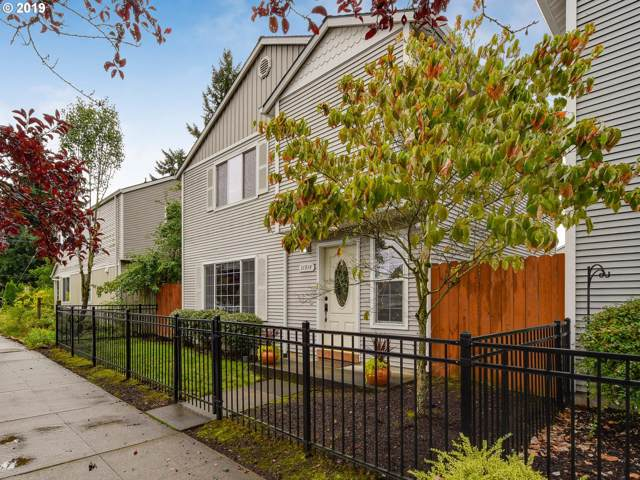 11914 SE Market St, Portland, OR 97216 (MLS #19286683) :: McKillion Real Estate Group