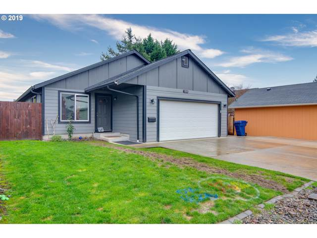 704 Crawford St, Kelso, WA 98626 (MLS #19287134) :: Premiere Property Group LLC