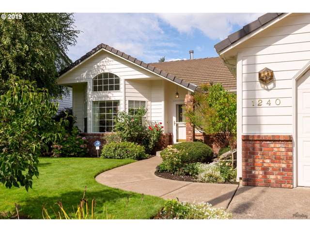 1240 W D St, Springfield, OR 97477 (MLS #19287442) :: Townsend Jarvis Group Real Estate