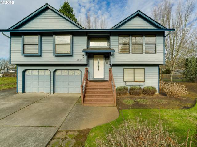 2961 SE 4TH St, Gresham, OR 97080 (MLS #19288111) :: Townsend Jarvis Group Real Estate