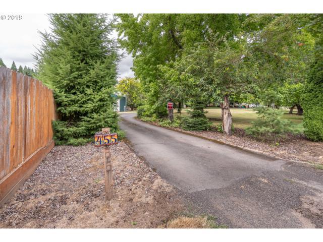 455 NE Burnett Rd, Mcminnville, OR 97128 (MLS #19288282) :: Song Real Estate