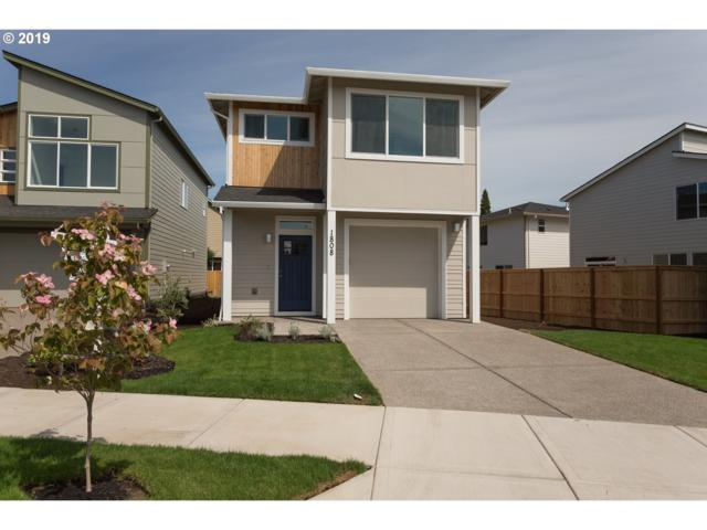 1808 N Page Ct, Newberg, OR 97132 (MLS #19288353) :: The Galand Haas Real Estate Team