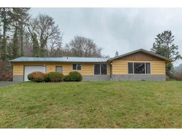 157 Rae Rd, Kelso, WA 98626 (MLS #19288358) :: Fox Real Estate Group