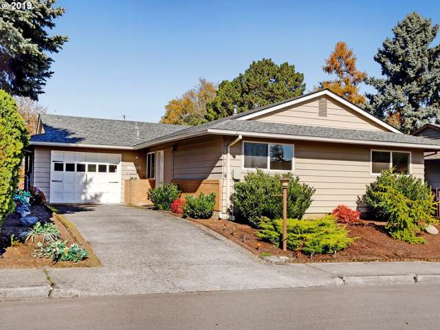 16010 SW Queen Victoria Pl, King City, OR 97224 (MLS #19289395) :: Gustavo Group
