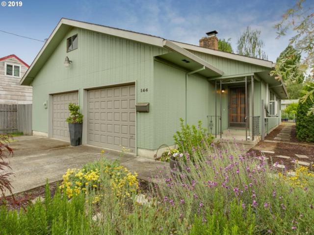 144 SW Jefferson St, Sheridan, OR 97378 (MLS #19290088) :: Townsend Jarvis Group Real Estate