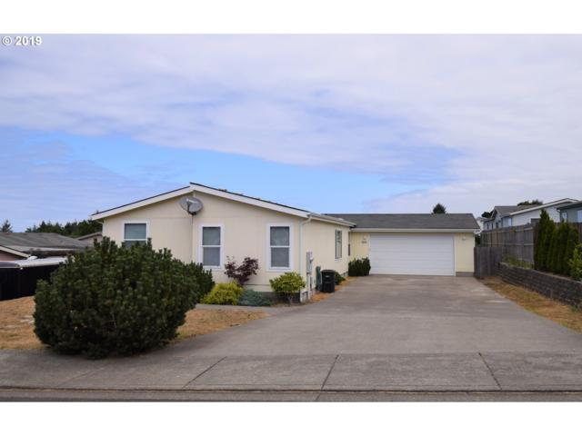 976 Kentucky Ave, Coos Bay, OR 97420 (MLS #19291233) :: The Liu Group