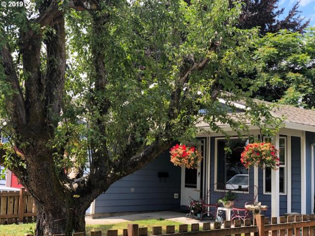 346 W Arlington St, Gladstone, OR 97027 (MLS #19291922) :: Brantley Christianson Real Estate