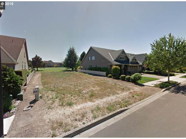 494 Troon Ave, Woodburn, OR 97071 (MLS #19295306) :: Brantley Christianson Real Estate